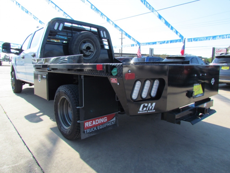 FORD F-350 SD 2019 price Call for Pricing.
