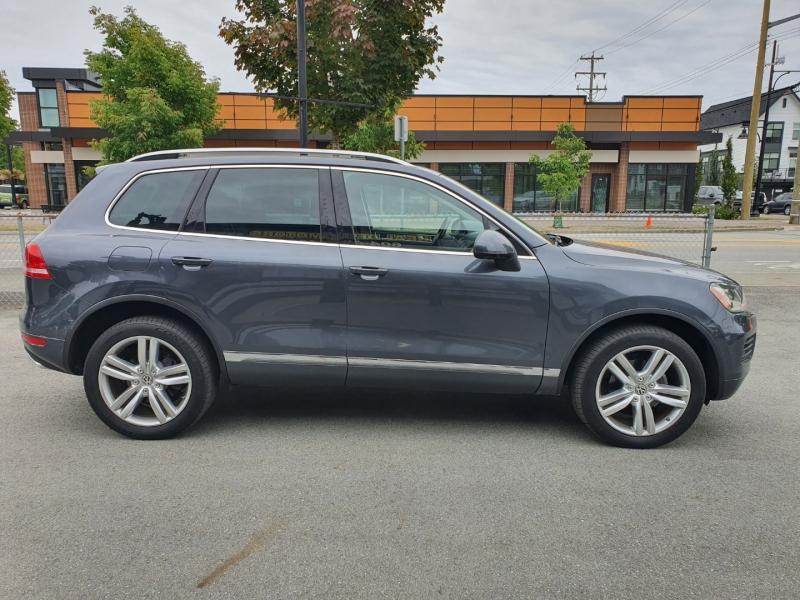 Volkswagen Touareg 2012 price $13,900