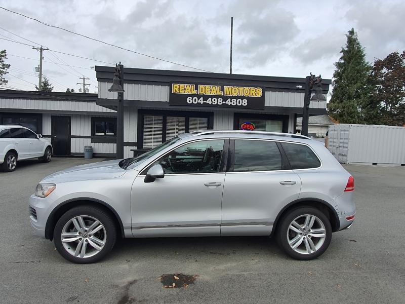 Volkswagen Touareg 2014 price $17,900