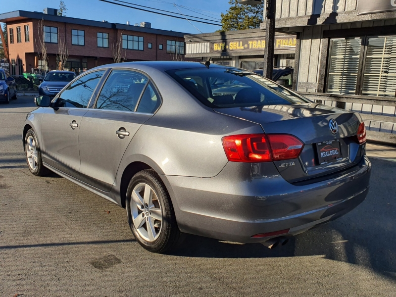 Volkswagen Jetta Sedan 2011 price $7,500