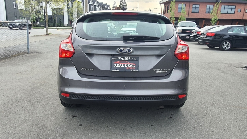 Ford Focus 2012 price $6,900