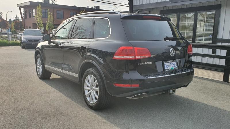 Volkswagen Touareg 2012 price $19,900