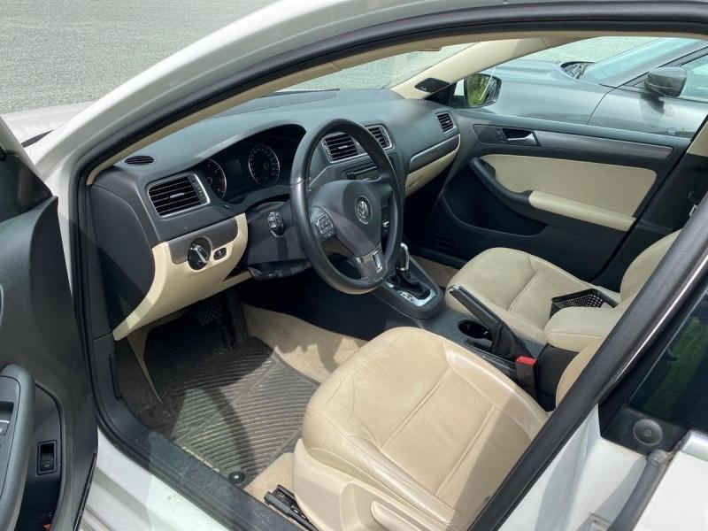 Volkswagen Jetta Sedan 2013 price $10,700