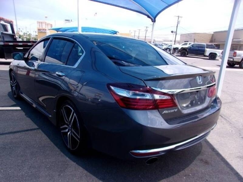 Honda Accord 2017 price $15,799