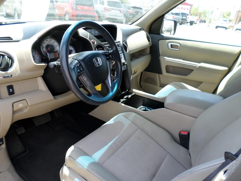 Pre-Owned 2012 Honda Pilot 2WD 4dr EX