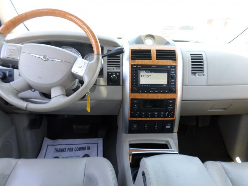 Chrysler Aspen 2007 price $13,095