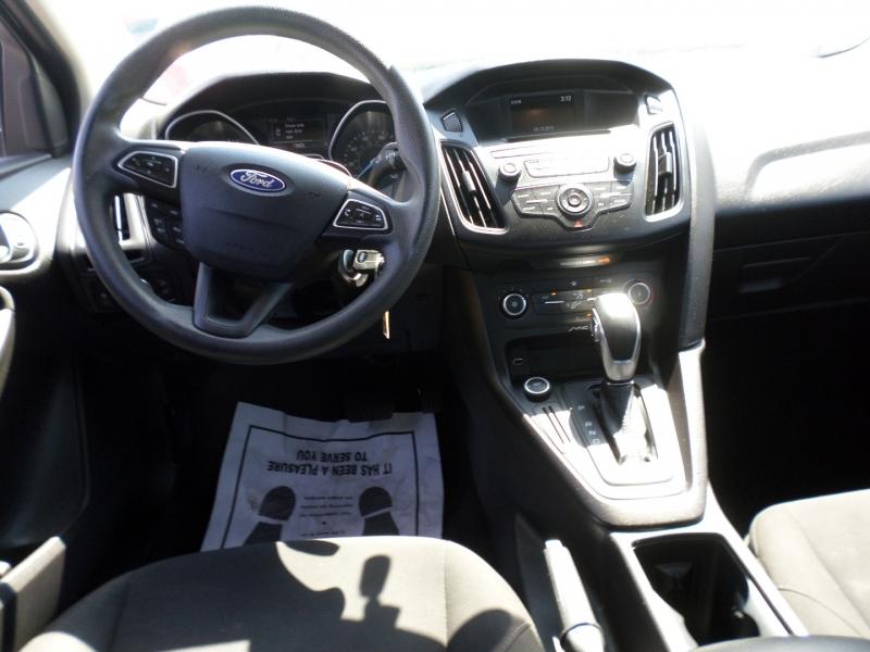 Ford Focus 2015 price $10,495