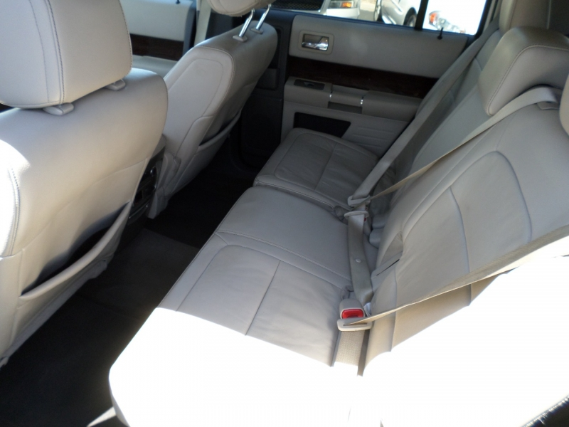 Ford Flex 2012 price $13,995