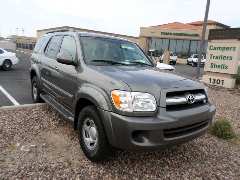 Toyota Sequoia 2005 price $13,995