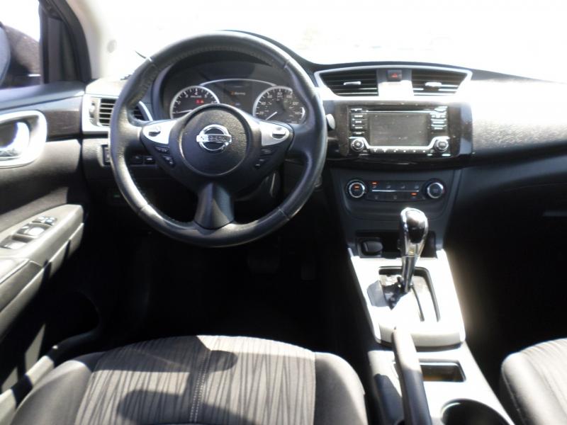 Nissan Sentra 2017 price $11,895