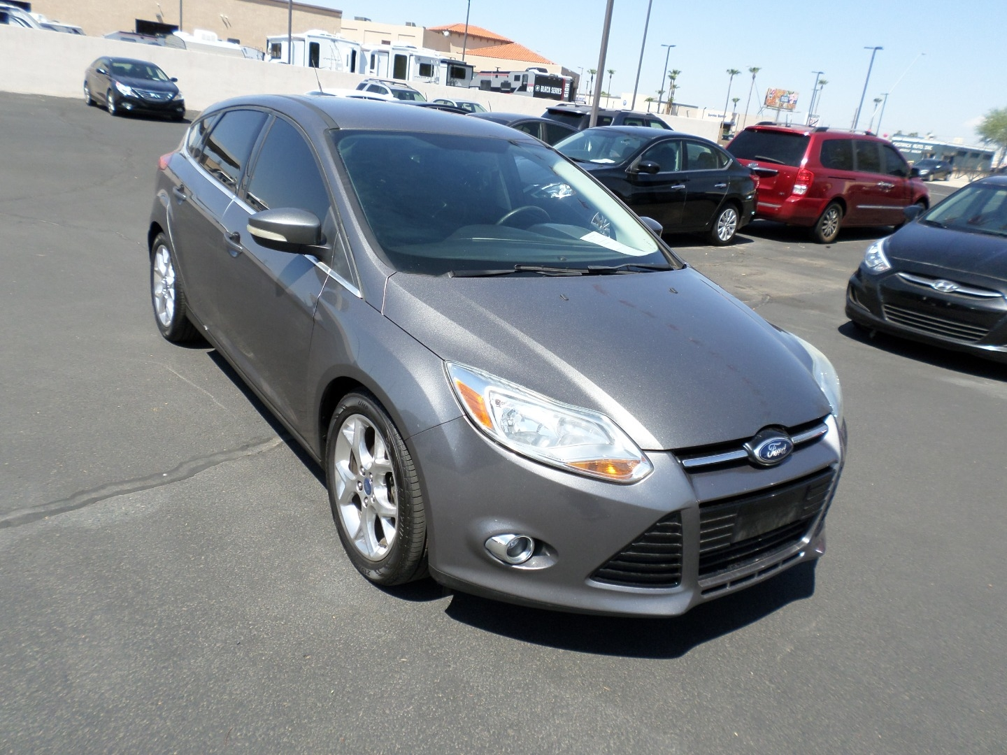 Pre-Owned 2012 Ford Focus 5dr HB SEL