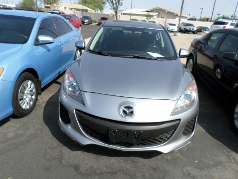 Mazda Mazda3 2012 price $11,495
