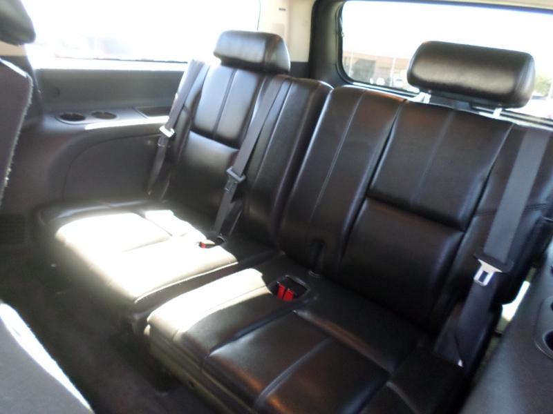 Chevrolet Suburban 2007 price $17,695