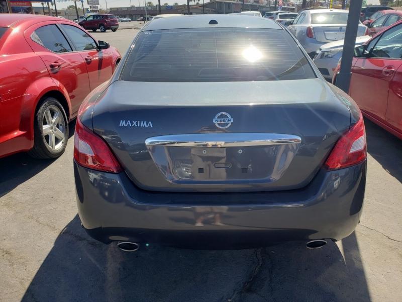 Nissan MAXIMA 2011 price $16,995