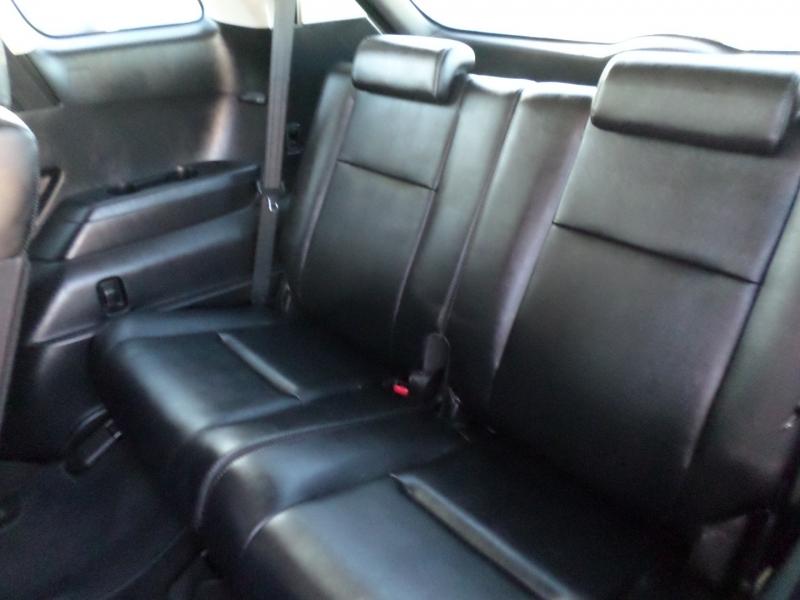 Mazda CX-9 2011 price $13,995