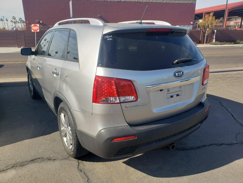 Pre-Owned 2013 Kia SORENTO 4 DOOR WAGON