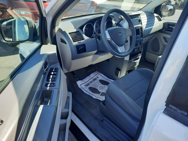 Pre-Owned 2009 Dodge GRAND CARAVAN 4 DOOR VAN; EXTENDED