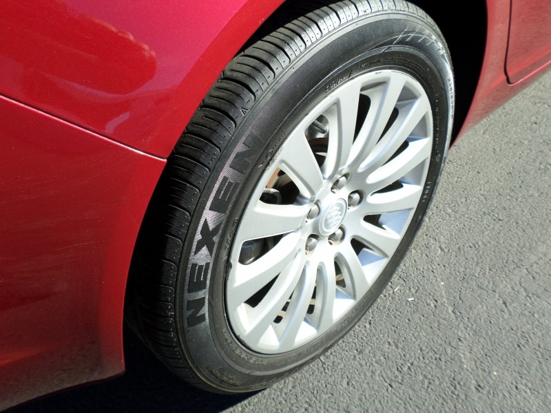 Buick Regal 2013 price $10,995
