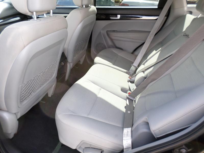 Kia Sorento 2014 price $13,095