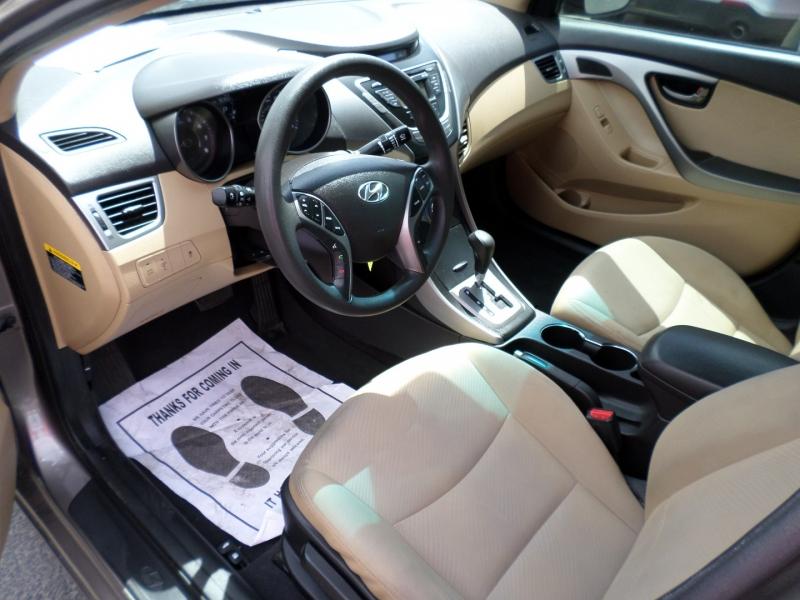 Hyundai Elantra 2013 price $9,595