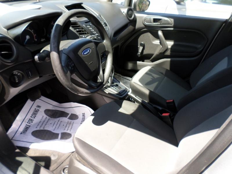 Ford Fiesta 2016 price $9,995