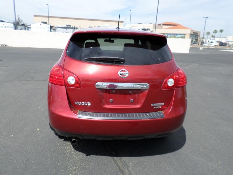Nissan Rogue 2013 price $11,595