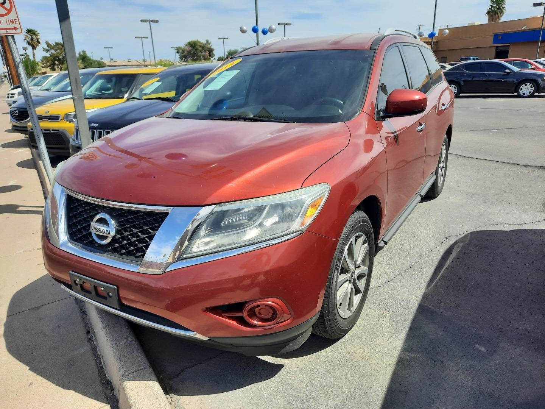 Pre-Owned 2014 Nissan PATHFINDER 4 DOOR WAGON