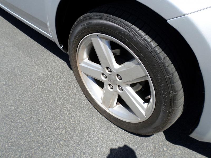 Dodge Avenger 2012 price $12,995