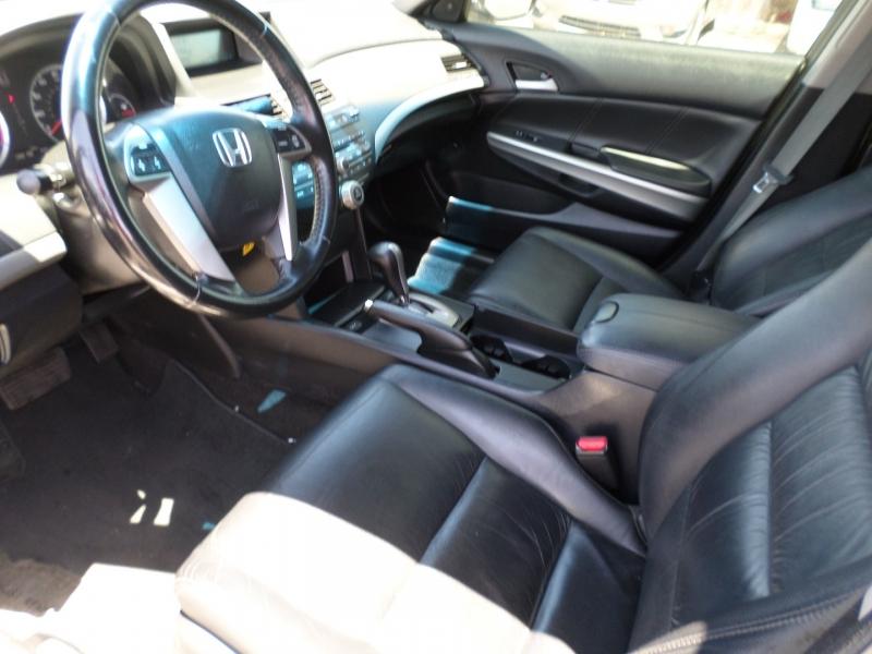 Honda Accord Sdn 2009 price $11,795