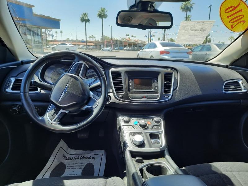 Chrysler 200 2016 price $19,995