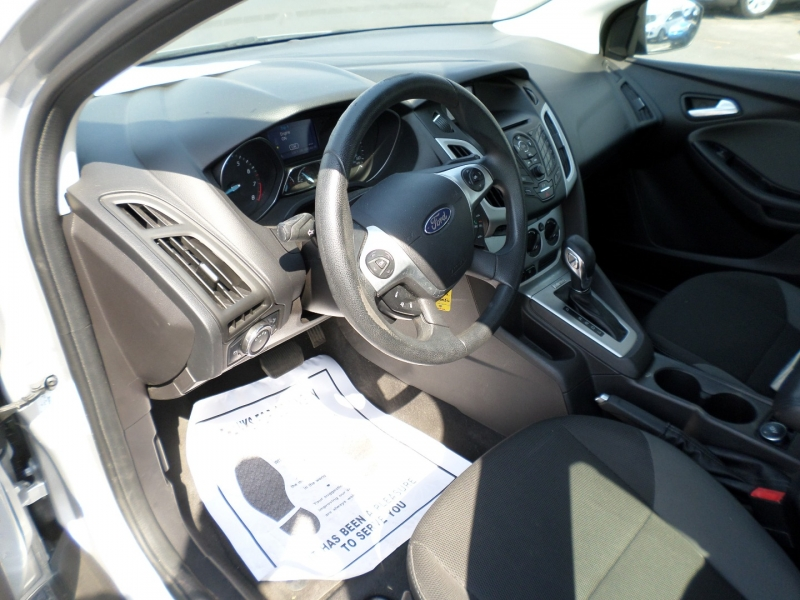 Ford Focus 2013 price $11,595