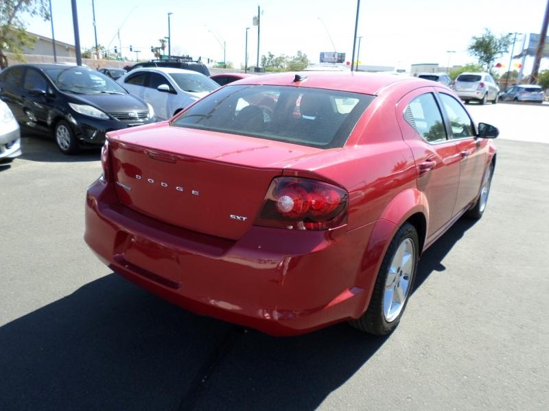 Dodge Avenger 2013 price $11,695