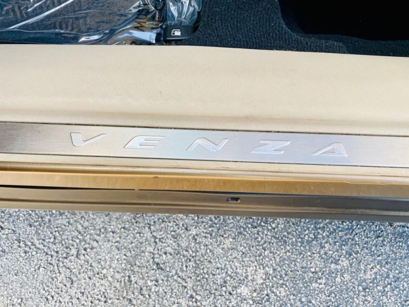 TOYOTA VENZA 2009 price $8,295