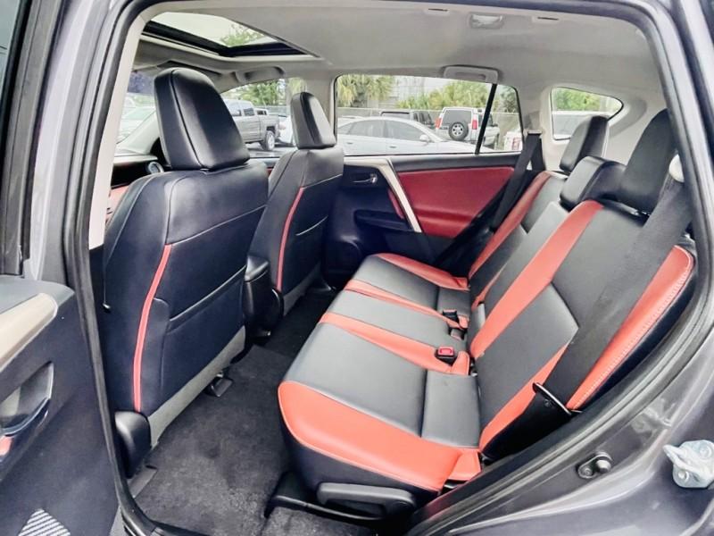 TOYOTA RAV4 2015 price $16,997