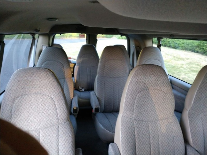 GMC SAVANA 2002 price $6,995