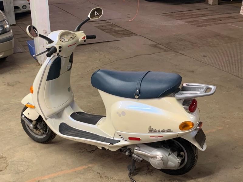 VESPA M198F 2001 price $3,995