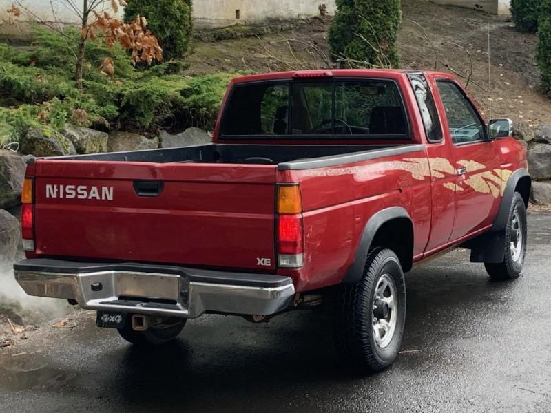 NISSAN TRUCK 1995 price $8,995