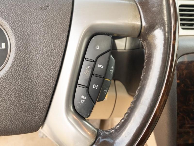 GMC YUKON XL 2011 price $17,590