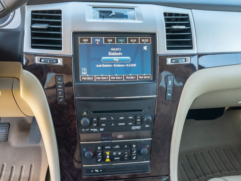 CADILLAC ESCALADE 2012 price $21,990