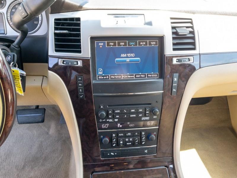 CADILLAC ESCALADE 2011 price $25,990