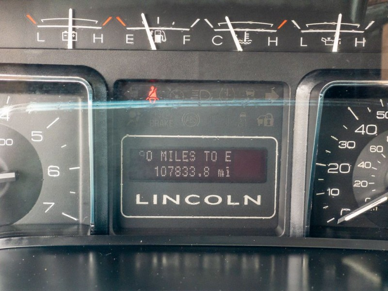LINCOLN NAVIGATOR 2014 price $22,990