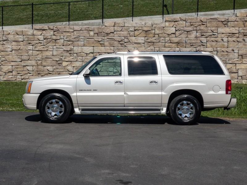 CADILLAC ESCALADE 2004 price $9,990