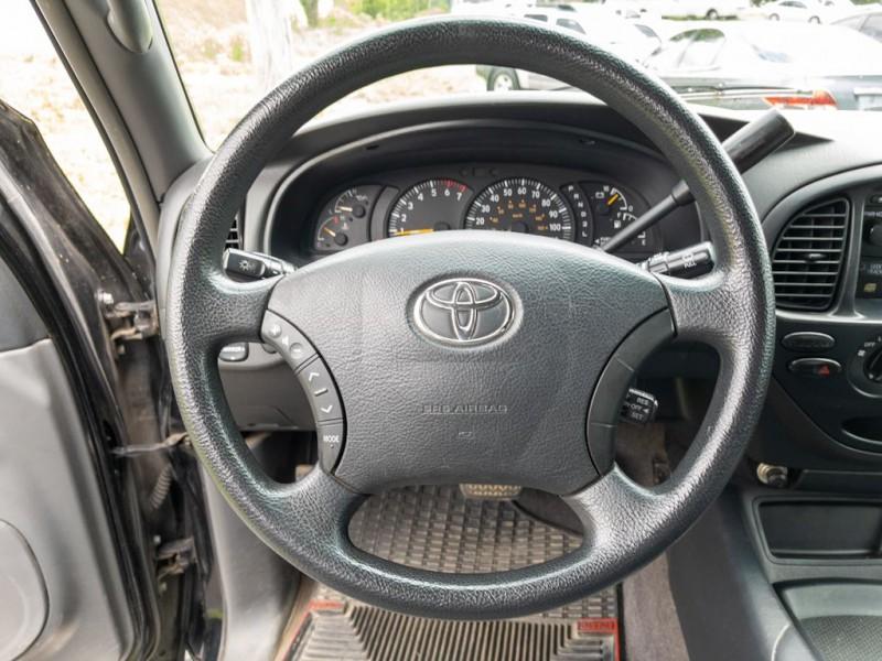 TOYOTA TUNDRA 2004 price $13,990