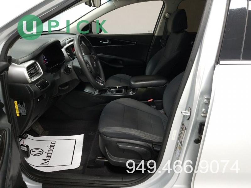 Kia Sorento 2017 price $14,450