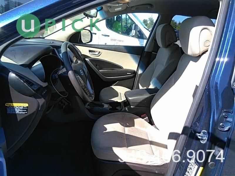Hyundai Santa Fe 2017 price $19,450