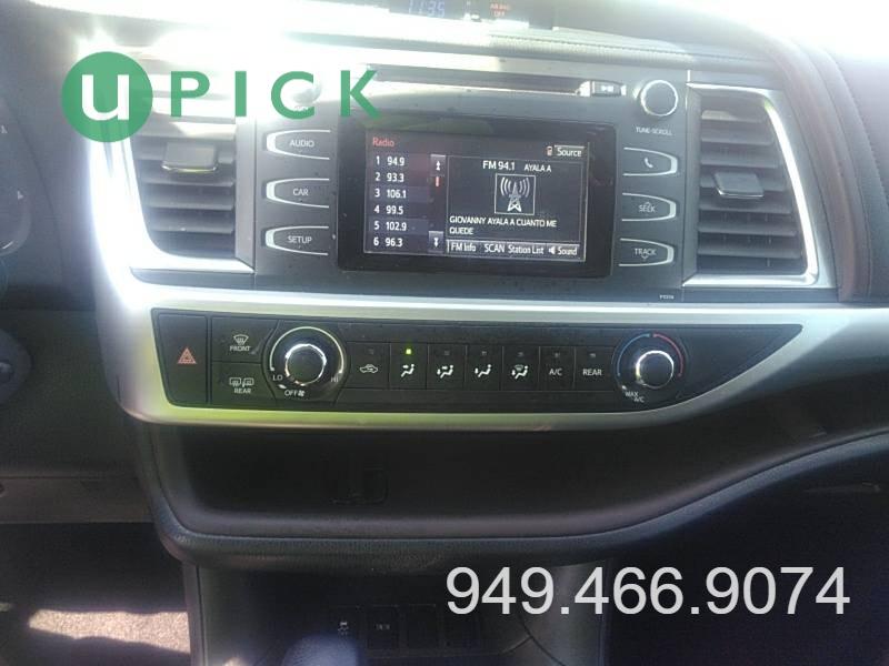 Toyota Highlander 2017 price $24,450