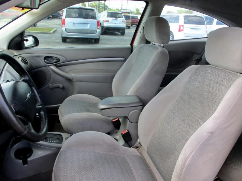 Ford Focus 2001 price $4,999