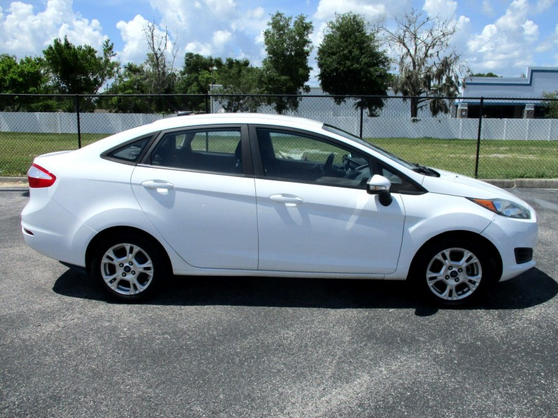 Ford Fiesta 2016 price $7,499