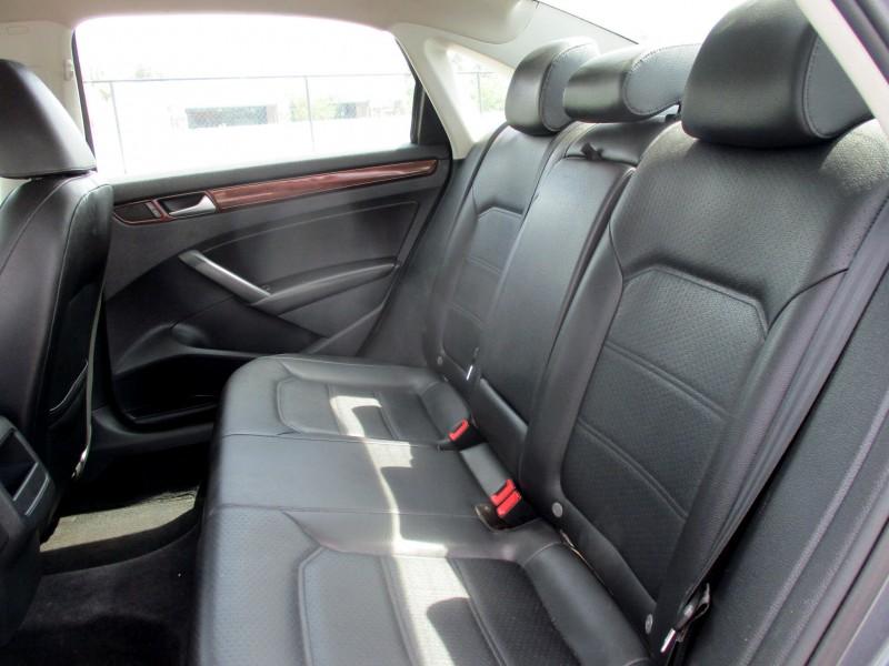 Volkswagen Passat 2014 price $9,999