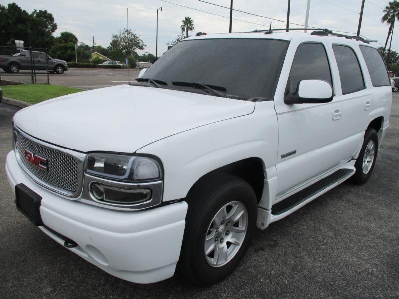 GMC Yukon Denali 2004 price $6,499